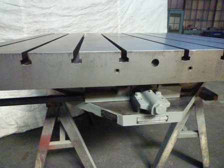 60 x 60 , LUCAS, Airlift Rotary Table, Reconditioned, 1972